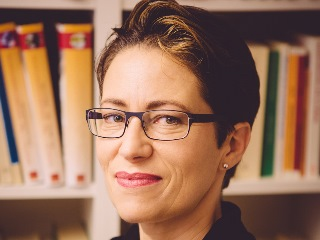 Dr. Eva Baumann-Neuhaus